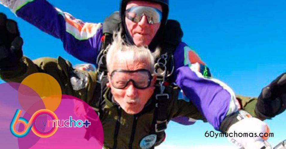 Aventuras-personas.mayores-paracaidas-60-y-mucho+-1200x628